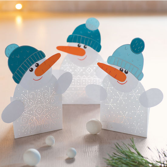 pricked light snowman pricking tinker with paper craft ideas equipment crafts jako. Black Bedroom Furniture Sets. Home Design Ideas